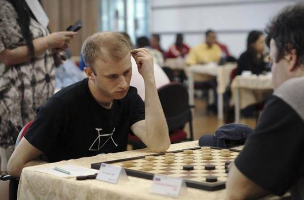 Украинского чемпиона мира сурово наказали завышиванку