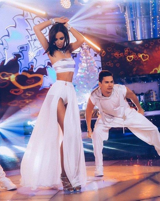 Ольга Бузова снялась обнажённой для обложки нового сингла «Привыкаю»