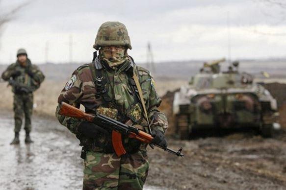 Украинские силовики засутки 579 раз обстреляли территорию ДНР