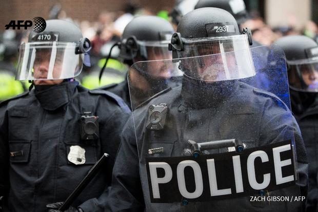Двое полицейских пострадали вВашингтоне встолкновениях спротестующими