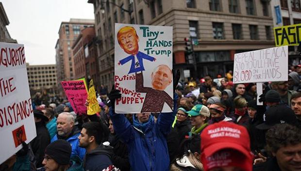 ВАвстралии и новоиспеченной Зеландии начались дамские марши против Трампа