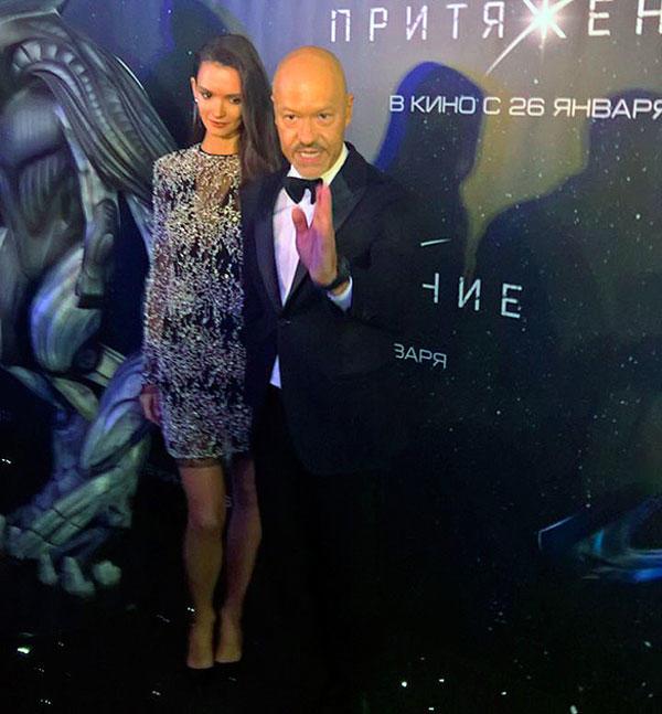 Алла Пугачева пришла напремьеру фильма Федора Бондарчука вмини