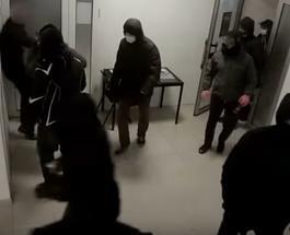 Нападение на выставку в Киеве и погром: подозревают радикалов - обнародовано видео