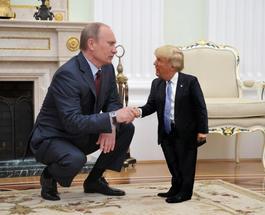 Фотожабы на Трампа взорвали сеть: маленький президент США с Путиным и Обамой стал звездой