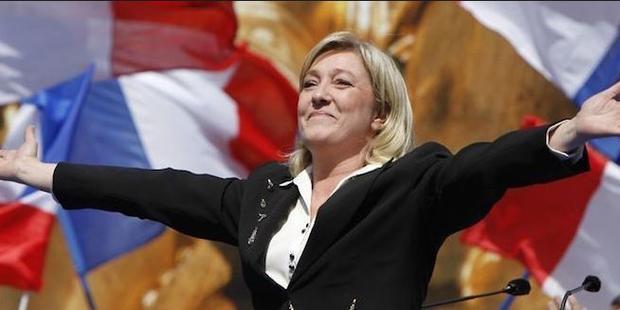 Новый опрос предсказал лидерство ЛеПен впервом туре выборов воФранции
