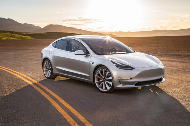 20февраля стартует производство самой дешевой Tesla Model 3