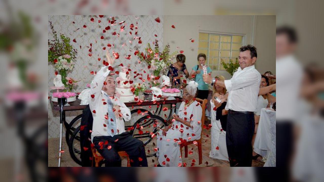 В Бразилии вышла замуж самая старая на планете невеста