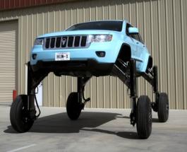 Невероятно, но факт: автомобиль будущего - победитель пробок - видео