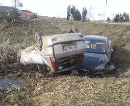 ДТП в Украине: автомобиль Тесла впервые в Украине попал в серьезную аварию