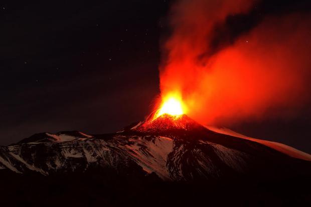 Извержение Этны: проснулся самый высокий вулкан вевропейских странах