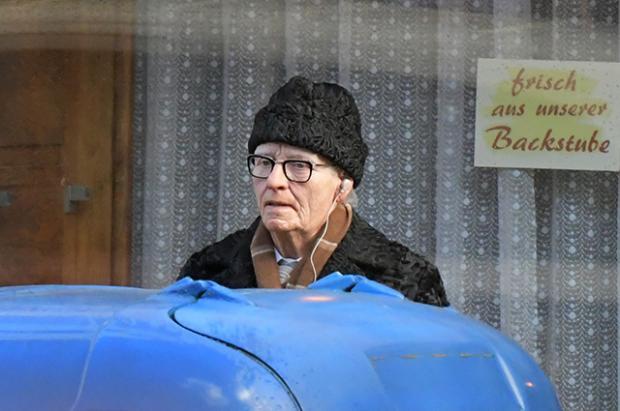 56-летняя Тильда Суинтон ошеломила перевоплощением впожилого мужчину