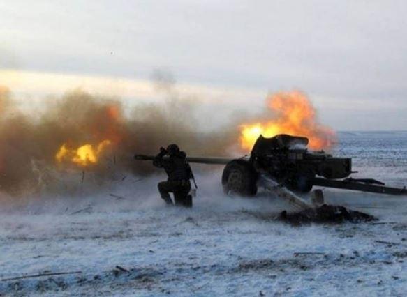 Штаб: Террористы 53 раза обстреляли позиции бойцов АТО, есть пострадавшие