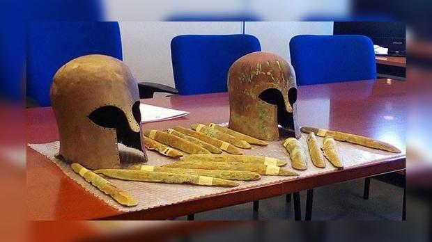"""Загадки истории: у побережья Сицилии нашли затонувшие """"сокровища Атлантиды"""""""