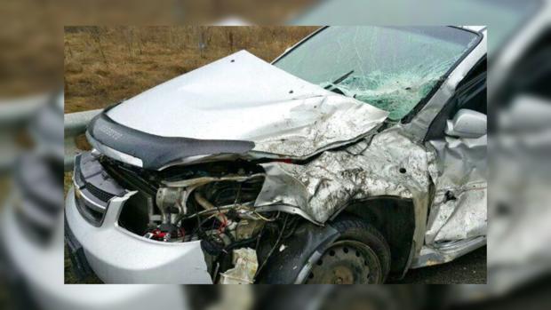 Чудовищная  авария под Киевом: иностранная машина  влетела вфуру