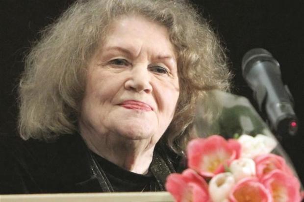 «Воплощение украинской души». Порошенко иГройсман поздравили Лину Костенко сДнем рождения