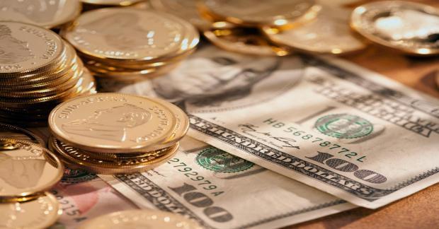Греф посоветовал «жить спокойно и не переживать» по поводу курса рубля