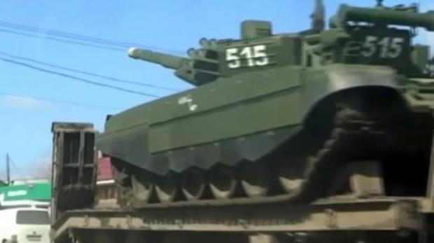 РФсосредотачивает около украинской границы десятки актуальных насегодняшний день танков,