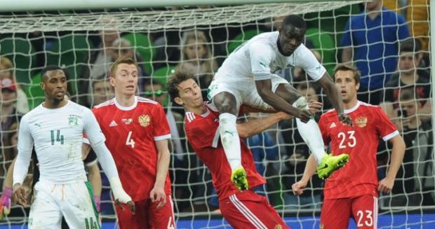 СМИ опубликовали запись нападок футболиста Тарасова наигроков сборной Российской Федерации