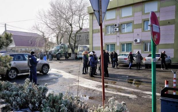 НаОдесчине вЗатоке вооруженные «зеленые человечки» захватили поселковый совет