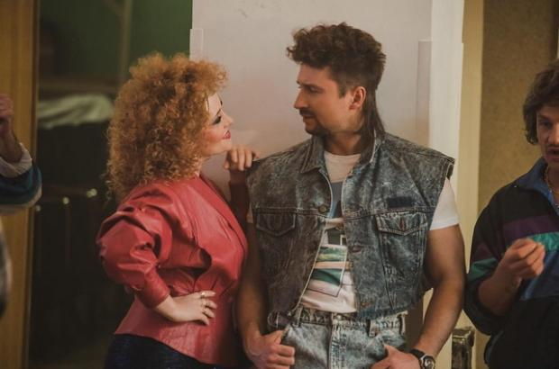 Вновом клипе «Lucky Stranger» Сергей Лазарев стал «рэкетиром» 80-х