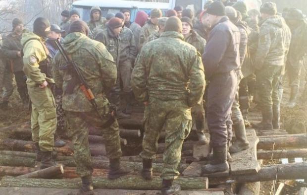 ВРовенской области копатели янтаря разобрали мост изаблокировали полицию