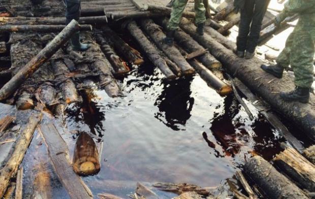 ВРовенской области неменее 200 копателей янтаря блокировали полицию