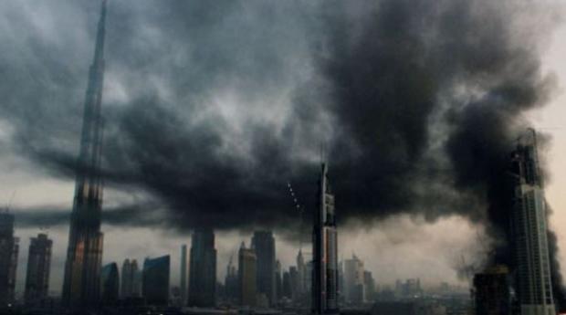 ВДубае полыхает строящийся небоскреб