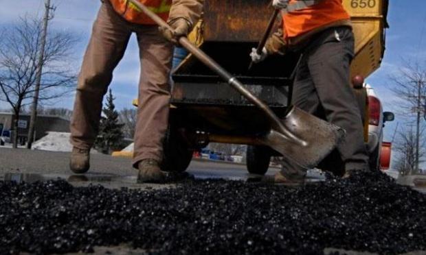 Привлечение 15 млрд наремонт дорог зависит отНБУ— Гройсман