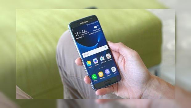 Самсунг заработал лидерство нарынке телефонов