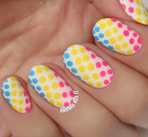 Узоры на ногтях цветочки