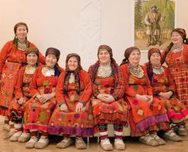 """""""Бабушки из Бураново"""" продолжают концертную деятельность"""
