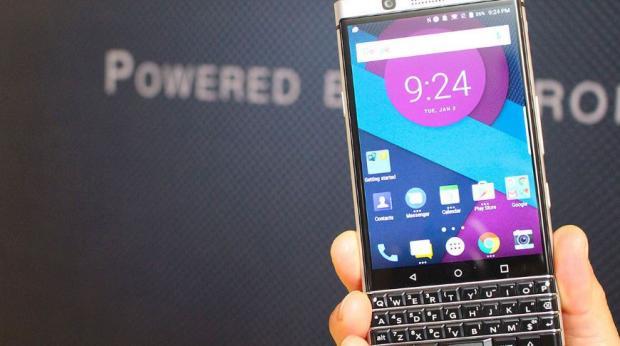 Роскомнадзор заблокировал мессенджеры Blackberry, Imo иLINE