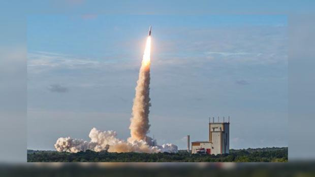 Ракета-носитель Ariane 5 благополучно стартовала скосмодрома Куру