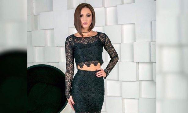 Ольга Бузова шокировала сеть откровенными танцами собнажённой грудью
