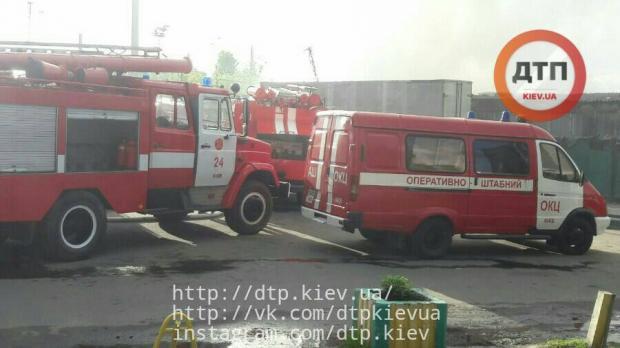 НаДарницком рынке вКиеве ликвидировали огонь