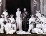 Принц Альберт, герцог Йоркский и Леди Елизавета Боуз-Лайон. Великобритания, апрель 1923