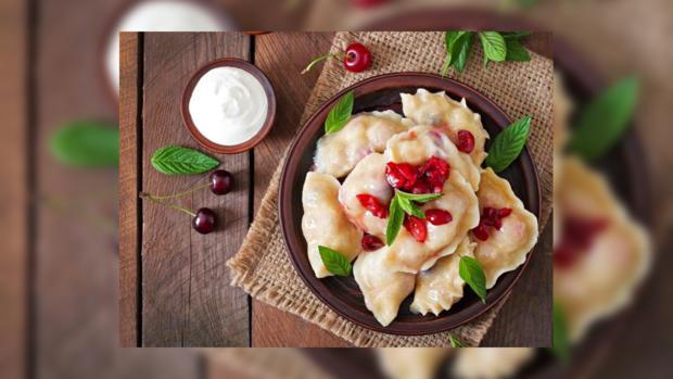 Вареники с вишней: быстрый рецепт приготовления блюда