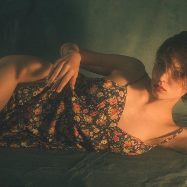 Алеся Кафельникова снялась воткровенной фотосессии