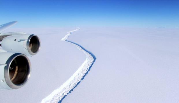 гигантский айсберг