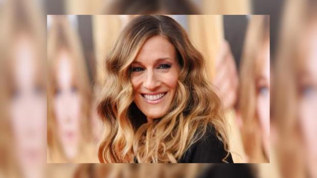 Сейчас блондинка: Сара Джессика Паркер коротко постриглась ипоменяла цвет волос