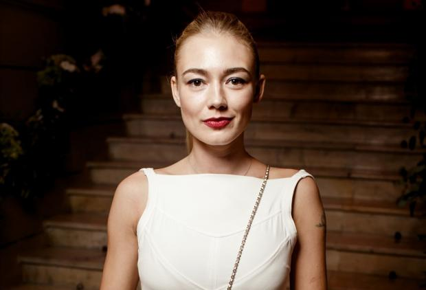 Актрису Оксану Акиньшину обвиняют визбиении соседки