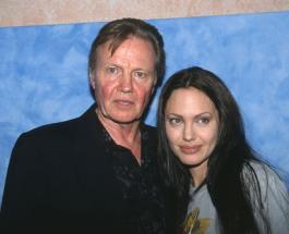 Отец Джоли попросил ее не разводиться ради детей