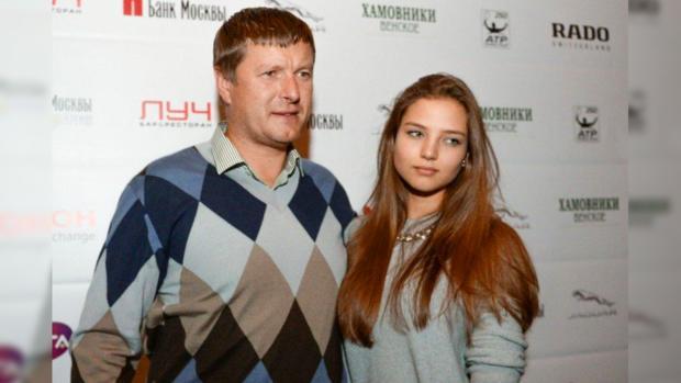 Евгений Кафельников: «Доча! Мыоба ответственны зато, что происходит сейчас»