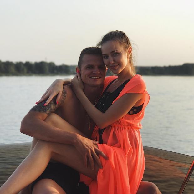 У бывшего мужа Ольги Бузовой закончились деньги на шикарный отдых с новой избранницей