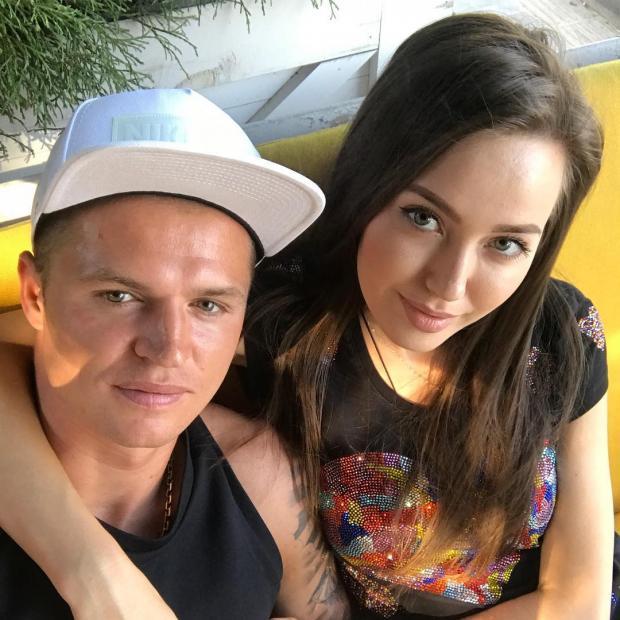 Анастасия Костенко донашивает вещи заОльгой Бузовой