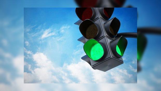 В Москве появился первый светофор на солнечных батареях
