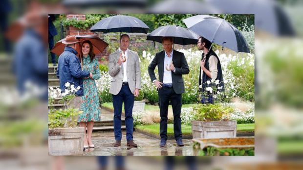 Кейт Миддлтон спринцами Уильямом иГарри почтили память принцессы Дианы