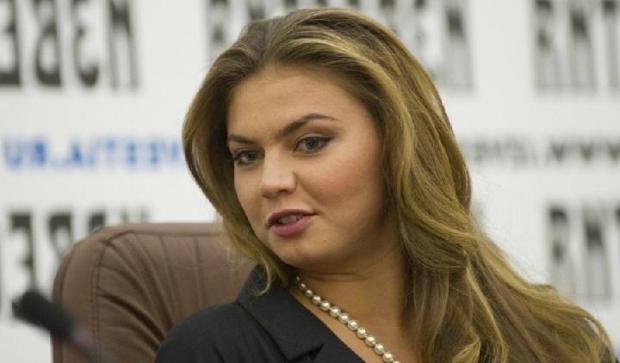 Алина Маратовна Кабаева, знаменитая российская спортсменка. Вид спорта - художественная гимнастика