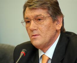 Виктор Ющенко попал в смешную ситуацию в электричке: пограничники не поверили что экс-президент передвигается таким способом