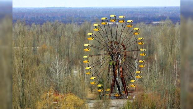 Спустя 30 лет: вЧернобыле нелегально  запустили колесо обозрения